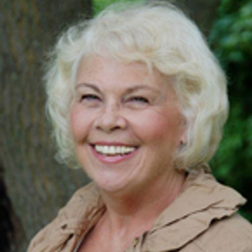 7e22540e135b 821  Twelve Minute Convos w  Rosemary Heenan from  12minconvos on  RadioPublic